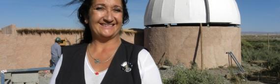 """La Unidad de Astronomía y Biblioteca Regional de Antofagasta, te invitan a  """"Arqueoastronomía andina: Las zonas oscuras y brillantes del cielo""""."""