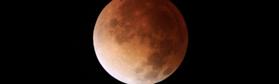Eclipse total de Luna, un evento poco frecuente en Chile